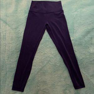 Lululemon leggings, size 6!